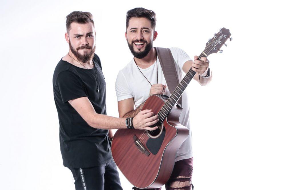 dupla sertaneja Caio & Heirique