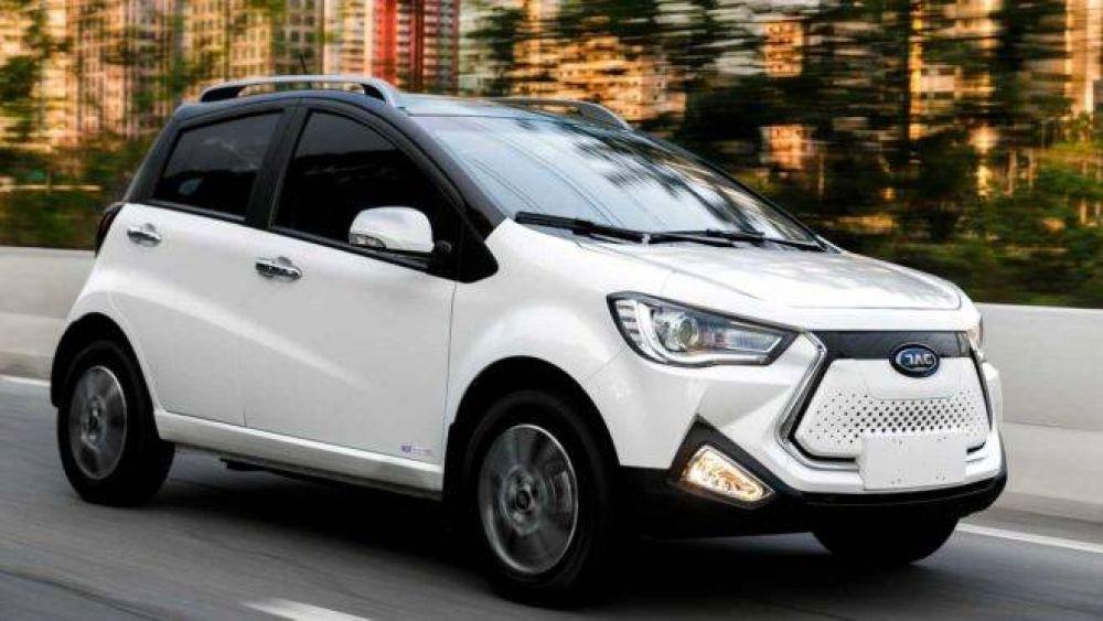 JAC iEV20: vendido a R$ 149.900, é o elétrico mais acessível do país. Fonte: Divulgação JAC Motors